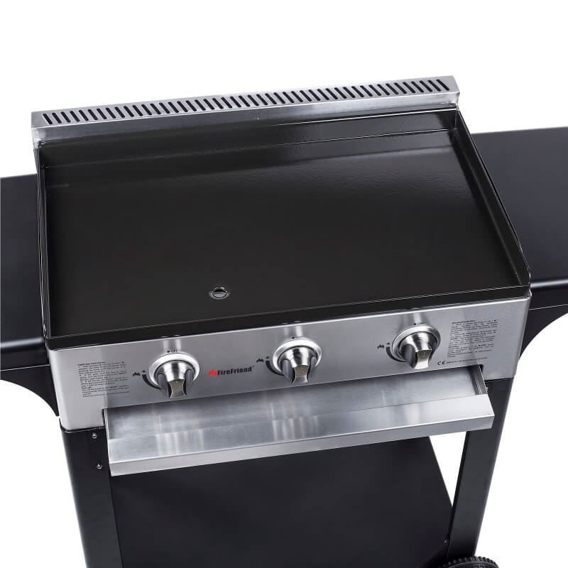 gas bbq plancha with 3 burners and a cast iron enamelled. Black Bedroom Furniture Sets. Home Design Ideas