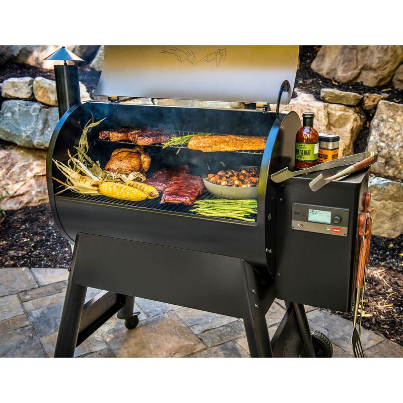 Traeger Pro Series D2 780 Electric BBQ Grill and Pellet Smoker